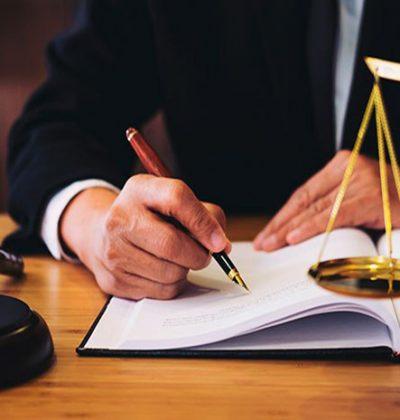 Possibilidade legal de o município realizar contratação emergencial bem como prorrogar contratos existentes para atendimento da situação de emergência pela COVID-19