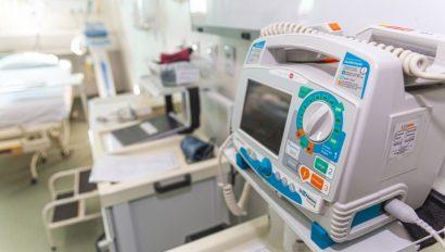 Novo Levantamento do COSEMS/SP aponta baixo abastecimento no estoque dos medicamentos do chamado Kit Intubação